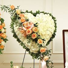 nyc flower delivery heart with flower delivery nyc florist