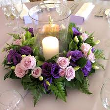 Wedding Flowers Table Decorations Good Idea And Easy Enough To Achieve With A Wreath Shaped Oasis