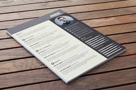 Free Resumes Templates To Download The Design Blog Design Inspiration