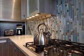 Under Lighting For Kitchen Cabinets Dazzling Kitchen Cabinet Lighting Brighten Kitchen Atmosphere