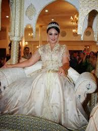 robe mariage marocain épinglé par faiza stali sur robes orientales robe