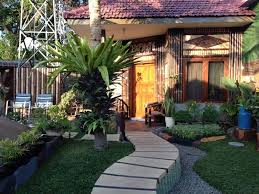 Backyard Guest House Best Price On Enny U0027s Guest House In Malang Reviews