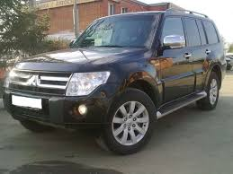 land rover pajero used 2011 mitsubishi pajero photos 3200cc diesel automatic for
