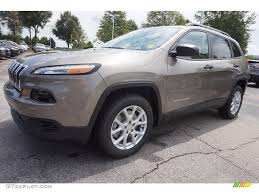 jeep cherokee sport interior 2016 2016 light brownstone pearl jeep cherokee sport 114756126