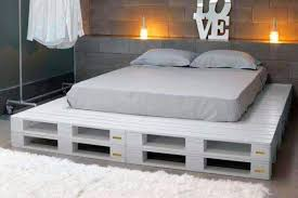 Cheap Furniture For Bedroom by Over 100 Creative Diy Pallet Furniture Ideas Cheap Recycled