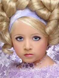 Toddlers And Tiaras Controversies Business Insider - beauty contest essay she is the one thailand s first transgender