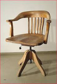 grand bureau en bois fauteuil de bureau bois cuir style louis philippe bim a co