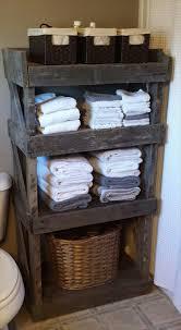 Cool Bathroom Storage by Best 25 Pallet Bathroom Ideas On Pinterest Rustic Country