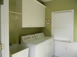 Decorating Laundry Room Walls by Laundry Room Enchanting Room Decor Laundry Room I Like Room