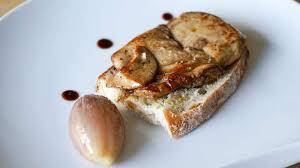 cuisiner un foie gras frais foie gras frais de canard à la plancha recette du foie gras cuit à