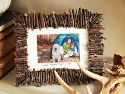 cool frame 17 cool diy rustic photo frames shelterness