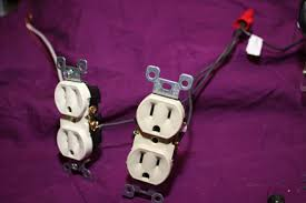 home electrical wiring mechanically wiring oultet and switches