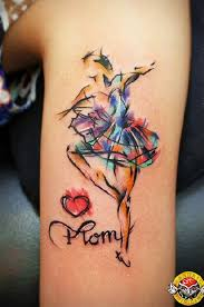 10 watercolor tattoos that will make you say