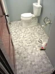 vinyl bathroom flooring ideas best sheet vinyl bathroom flooring 25 best ideas about vinyl