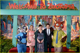kristen bell u0026 ginnifer goodwin bring u0027zootopia u0027 to hollywood