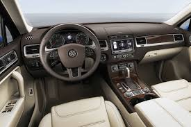 volkswagen tiguan black interior 2015 volkswagen touareg facelift brings new features autoevolution