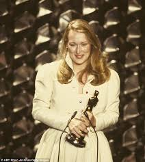 Meryl Streep Throwback Photo Of When She Was 32 Becomes Viral Hit