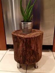 Log Side Table Diy Tree Stump Side Tables Bachelor On A Budget