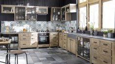 cuisine bois et metal crédence cuisine carreaux de ciment patchwork et artistique