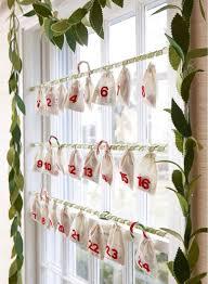 window decorations window decoration ideas 40 stunning christmas window decorations