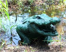 big alligator crocodile outdoor garden head statue sculpture the