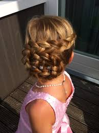 flower girl hairstyles uk flower girl inspiration loved by www youmakemydreams co uk wedding