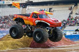 monster truck show chicago barcelona spain november 12 lupe soza driving the toro loco
