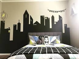 wallpaper dinding kamar pria kamar tidur anak laki laki desain kamar cowok kamar tidur minimalis