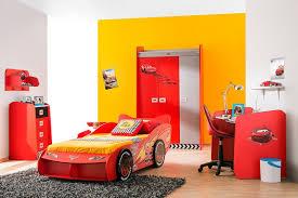 chambre cars disney chambre cars complete élégant cars piston cup chambre plã te