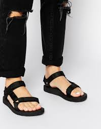 teva s boots australia omg i want nerdy tevas so bad teva original universal black