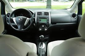 nissan note interior 2015 honda fit ex l vs 2014 nissan versa note sl comparison