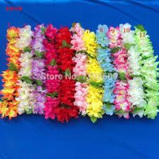 Discount Hawaiian Luau Decorations