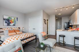 three bedroom apartments in chicago section 8 houses for rent in chicago curtain bedroom logan square