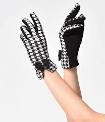 harmonise your hairstyle with your wardrobe to create an impact vintage gloves styles from 1900 to 1960s