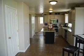 cuisine sol parquet images gratuites maison sol intérieur chalet cuisine