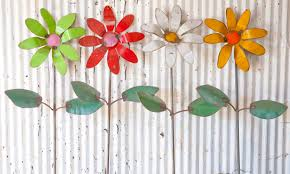 Metal Garden Flowers Outdoor Decor Recycled Tin Colorful Flowers Yard Stakes
