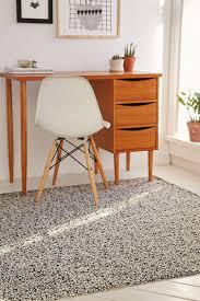 room essentials rug dorm room design must have essentials decor ideas contemporist