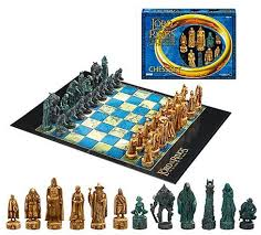the hobbit and lord of the rings chess sets