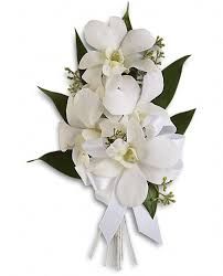 Prom Corsages And Boutonnieres Look Your Best With A Corsage Or Boutonniere