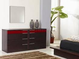 finish contemporary bedroom set w red details