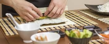 cours de cuisine sushi cours de cuisine japonaise soirée entreprise à