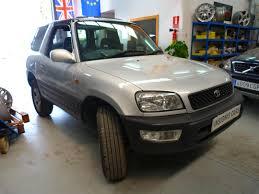 toyota rav4 3 door for sale 1998 toyota rav4 2 0 gx 3 door rhd insignis cars