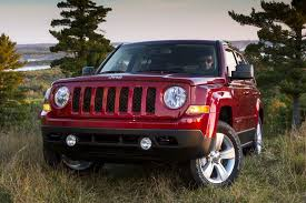 2014 jeep patriot sport mpg 2014 jeep patriot overview cars com