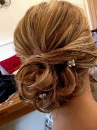 Hochsteckfrisurenen Hochzeit Mit Perlen by Braune Haare Mit Ombre Look Kleine Perlen Als Haarschmuck