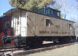Iowa Bed And Breakfast Spend The Night In The Historic And Haunted Caboose Cottage In Iowa