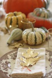 thanksgiving place setting thanksgiving table ideas gold leaf place cards wenderly