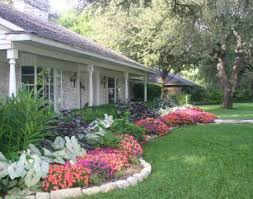 Simple Front Yard Landscaping Ideas 25 Trending Ranch Landscaping Ideas Ideas On Pinterest Simple