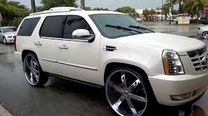 cadillac escalade 2017 lifted cadillac escalade sittin on 30s at c2c rims fort lauderdale fl