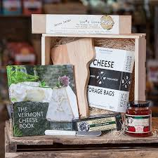 vermont gift baskets cheese box vermont gift basket j j hapgood