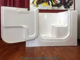 vasche da bagno con seduta le vasche premier deluxe vasche da bagno per disabili e per anziani